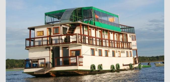 Pescaventura - Barco Hotel