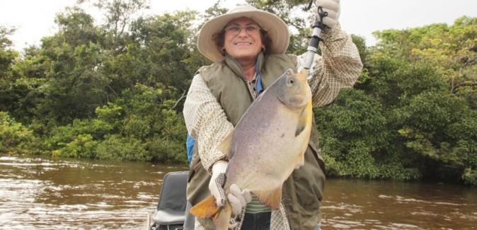 Barco - Hotel Minas e São Lucas do Pantanal - Peixes do Local