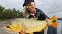 Elas na Pesca - Luana fisga os incríveis dourados argentinos