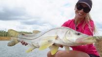 Elas na Pesca - Pescando nos canais do Aquafort